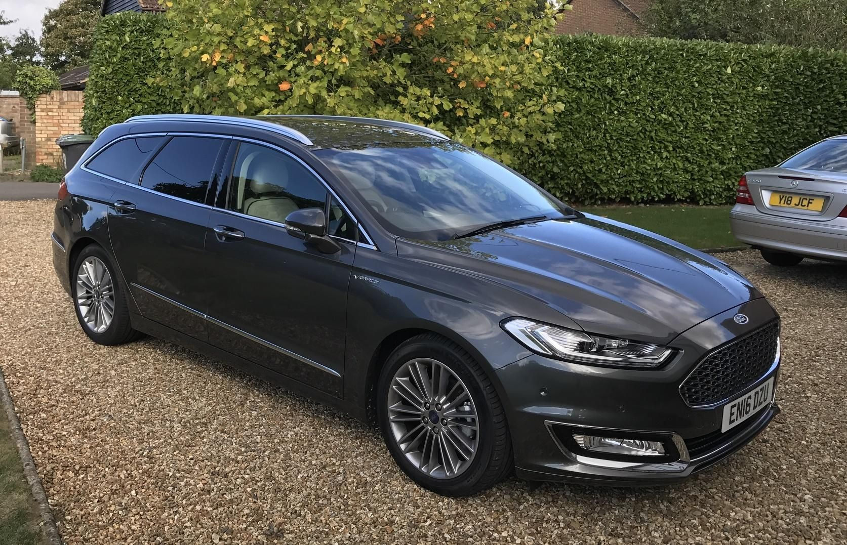 Ford Mondeo Vignale 2 0 Tdci Estate Review Business Car Manager