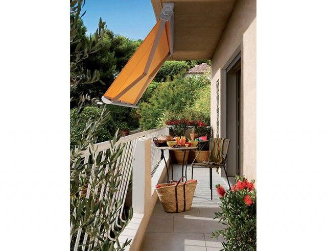 Installer Un Store Banne Orange Sur Votre Balcon Préserve La