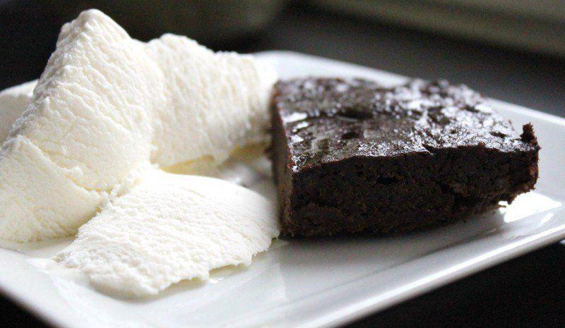 Banaani-suklaa browniet
