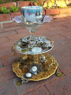 Diy china plate and tea cup jewelry display super easy to make diy china plate and tea cup jewelry display super easy to make solutioingenieria Images