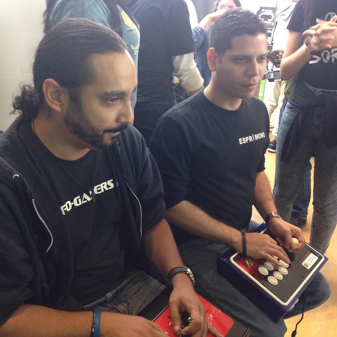 IG|Legendario Drak Vs ESPR|Mono en @microsoftstore #PuertoRico. #gaming #Grinding #USF4