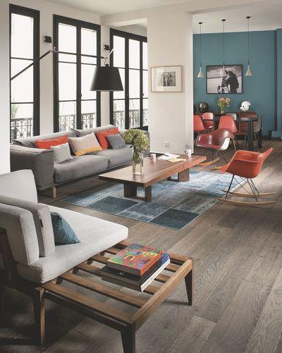 maison moderne avec grandes fen tres baies vitr es et baies coulissantes salons. Black Bedroom Furniture Sets. Home Design Ideas