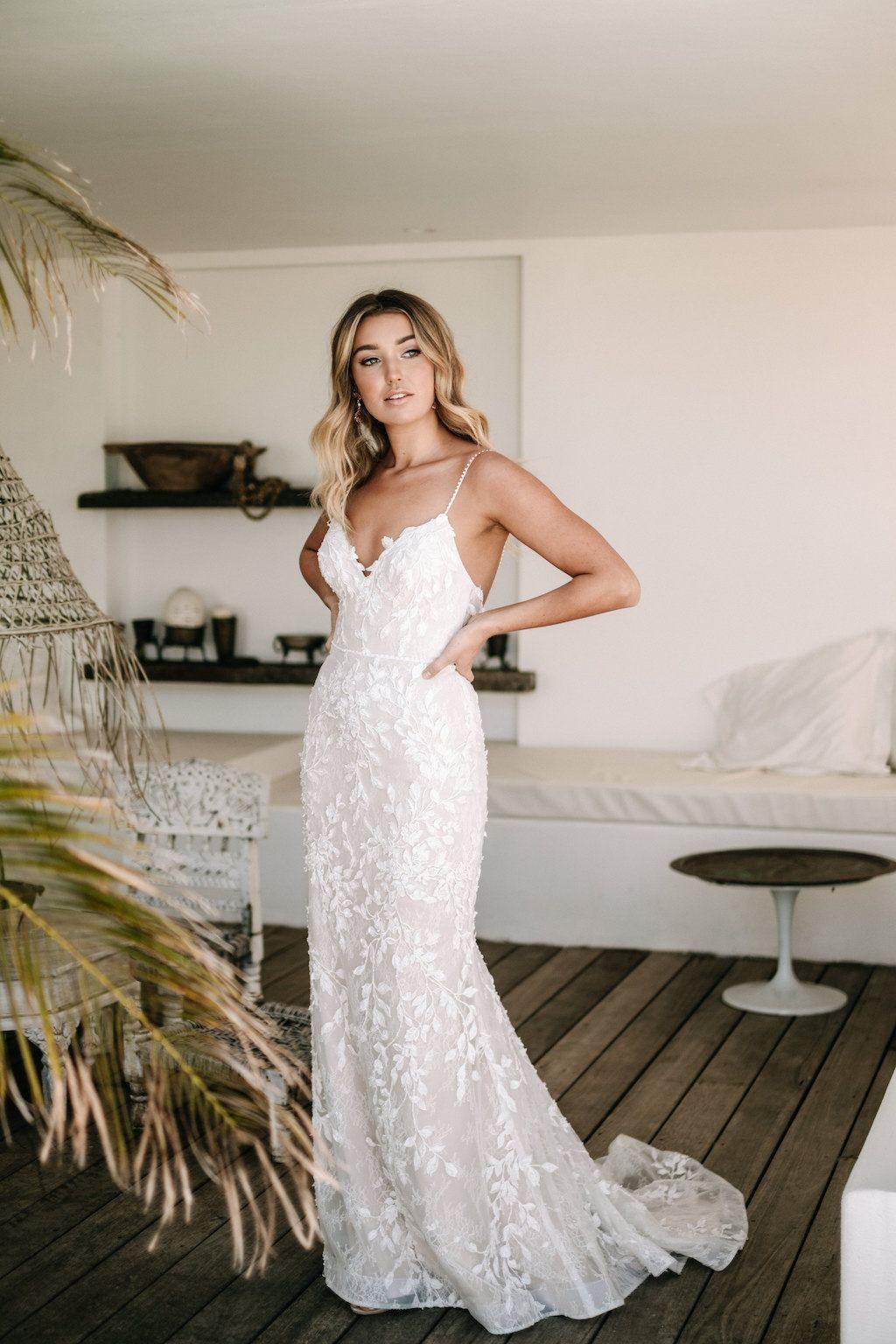 Https Www Janehill Com Au Wp Content Uploads 2018 09 Janehill 10 3 Jpg Modern Wedding Dress Fit And Flare Wedding Dress Short Wedding Dress [ 1536 x 1024 Pixel ]