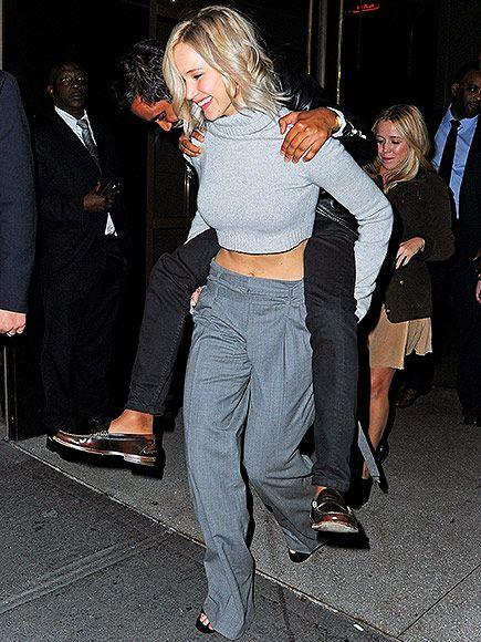 Jennifer Lawrence dating Aziz