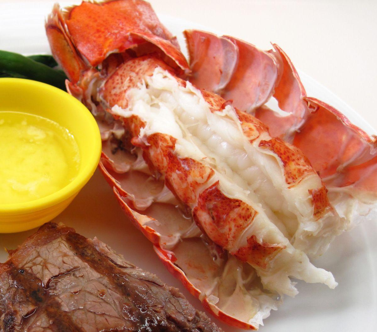 Boiled Lobster Tails Boil lobster tail, Lobster recipes