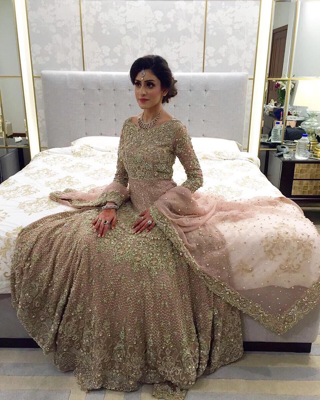 desi gown   beauty   Pinterest