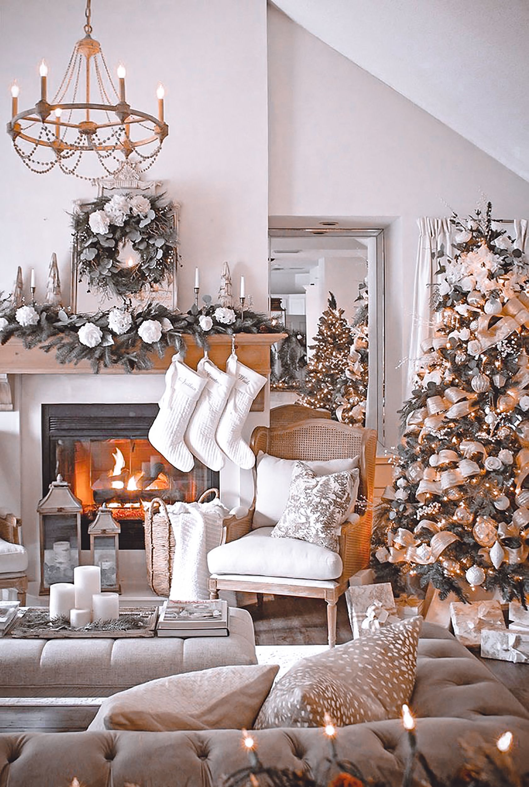 5 Mobile Lightroom Presetsholiday Presetschristmas Etsy In 2021 Christmas Decorations Living Room Christmas Room Decor Christmas Living Rooms Living room holiday decor