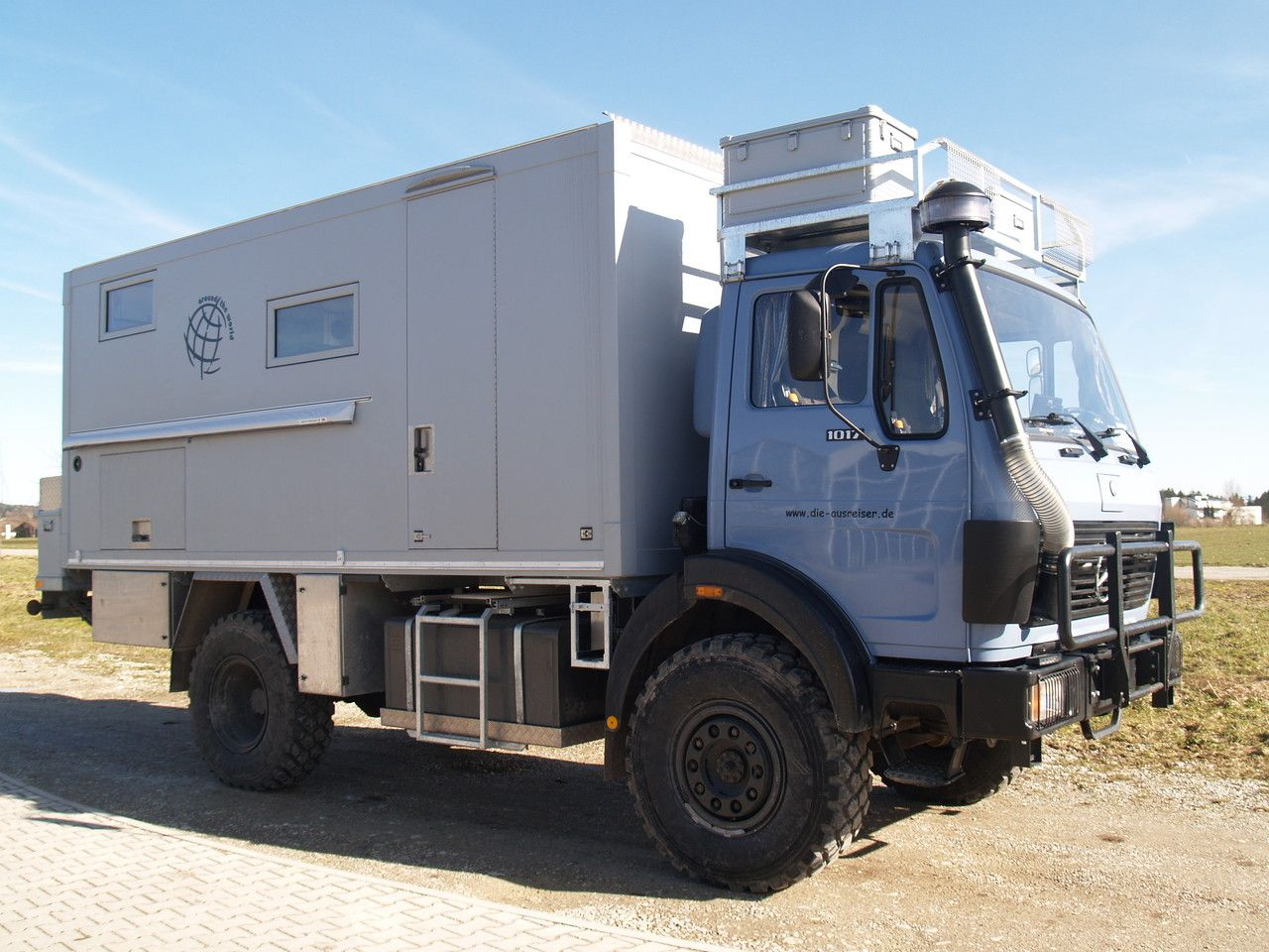 Pin Auf 7 5 Tonnen Expeditions Wohnmobil
