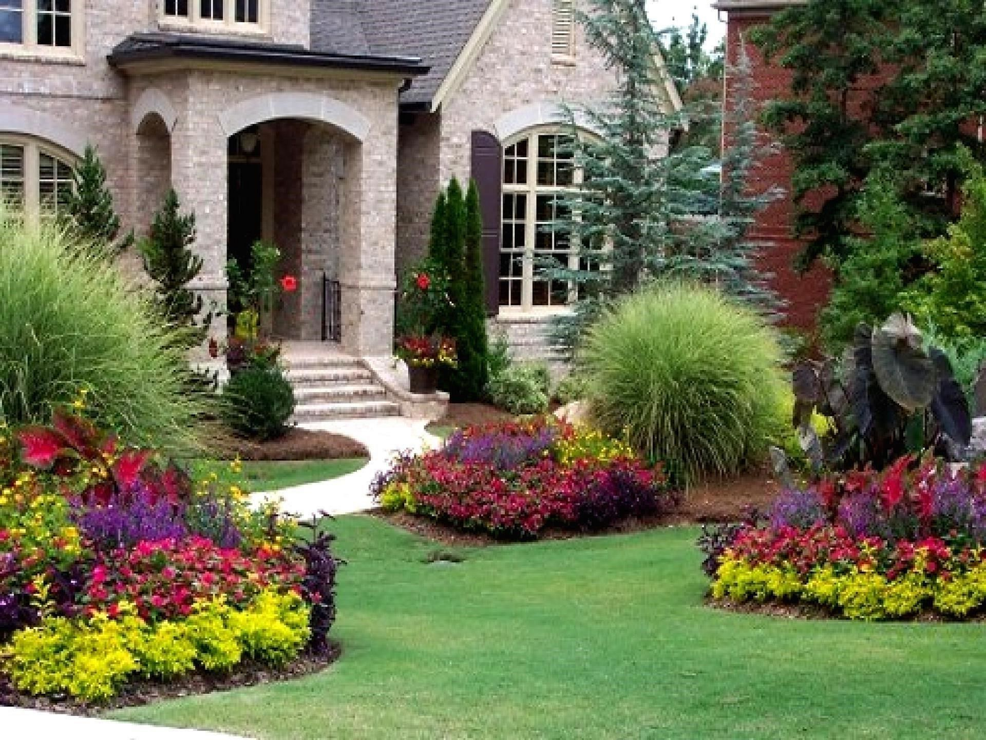 25 Awesome Flower Beds In Front Yard Design Ideas House Landscape Front House Landscaping Front Yard Landscaping Design
