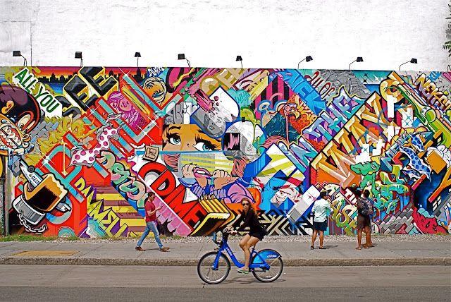 Revok and Pose Mural at Bowery and Houston Graffiti Wall - NYC - murales con fotos