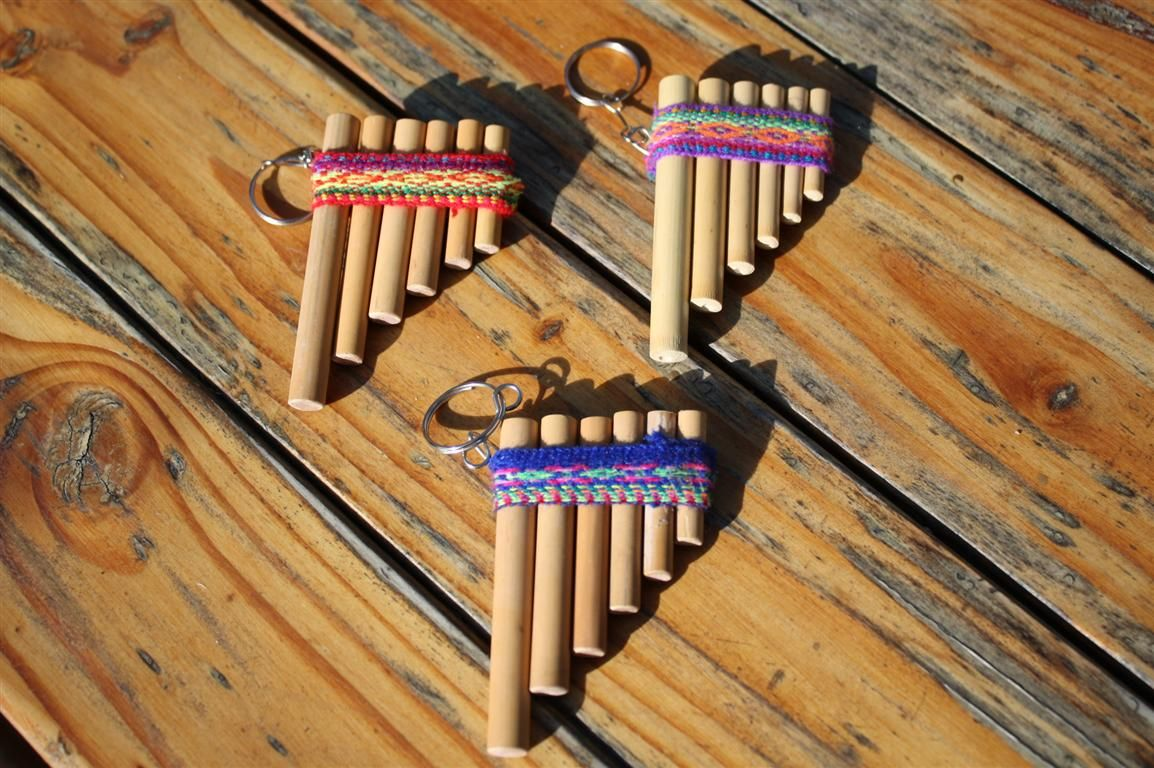 inca panflute keychain keep the music of alpacas near you all the time with these small 3 pan. Black Bedroom Furniture Sets. Home Design Ideas