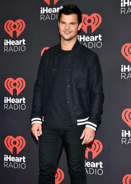 Taylor Lautner Photos Photos 2016 Iheartradio Music Festival