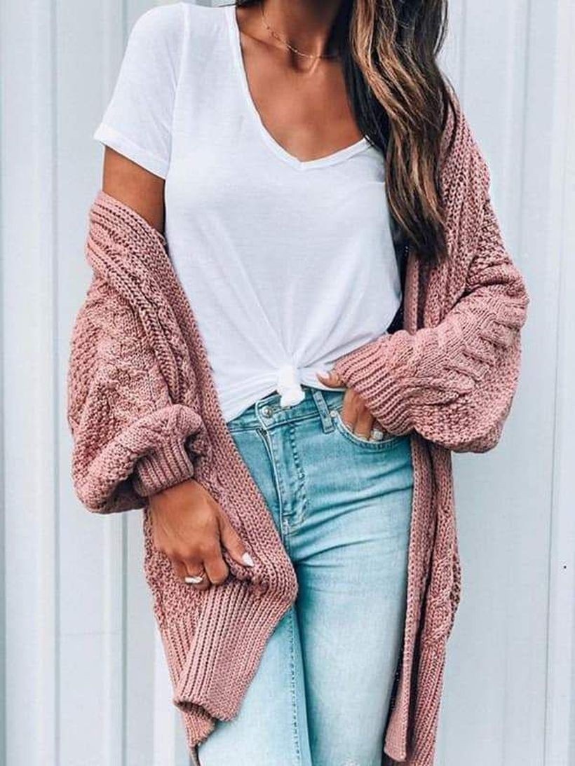 Long Cardigan Outfit Ideas for Early Spring - DIY Darlin'