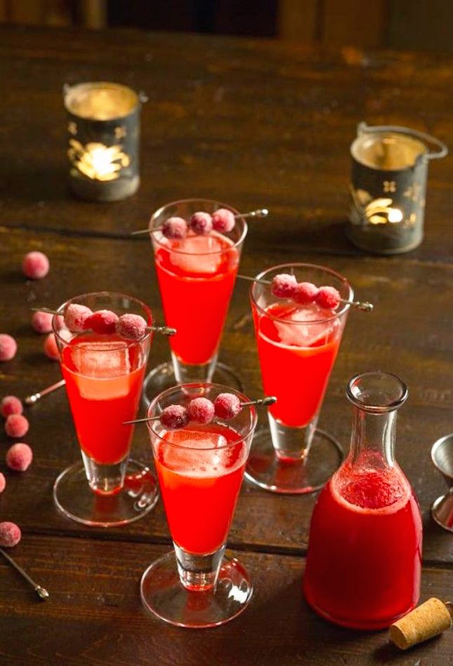 14 Christmas Cocktail Recipes to Get You Through the Holiday Season