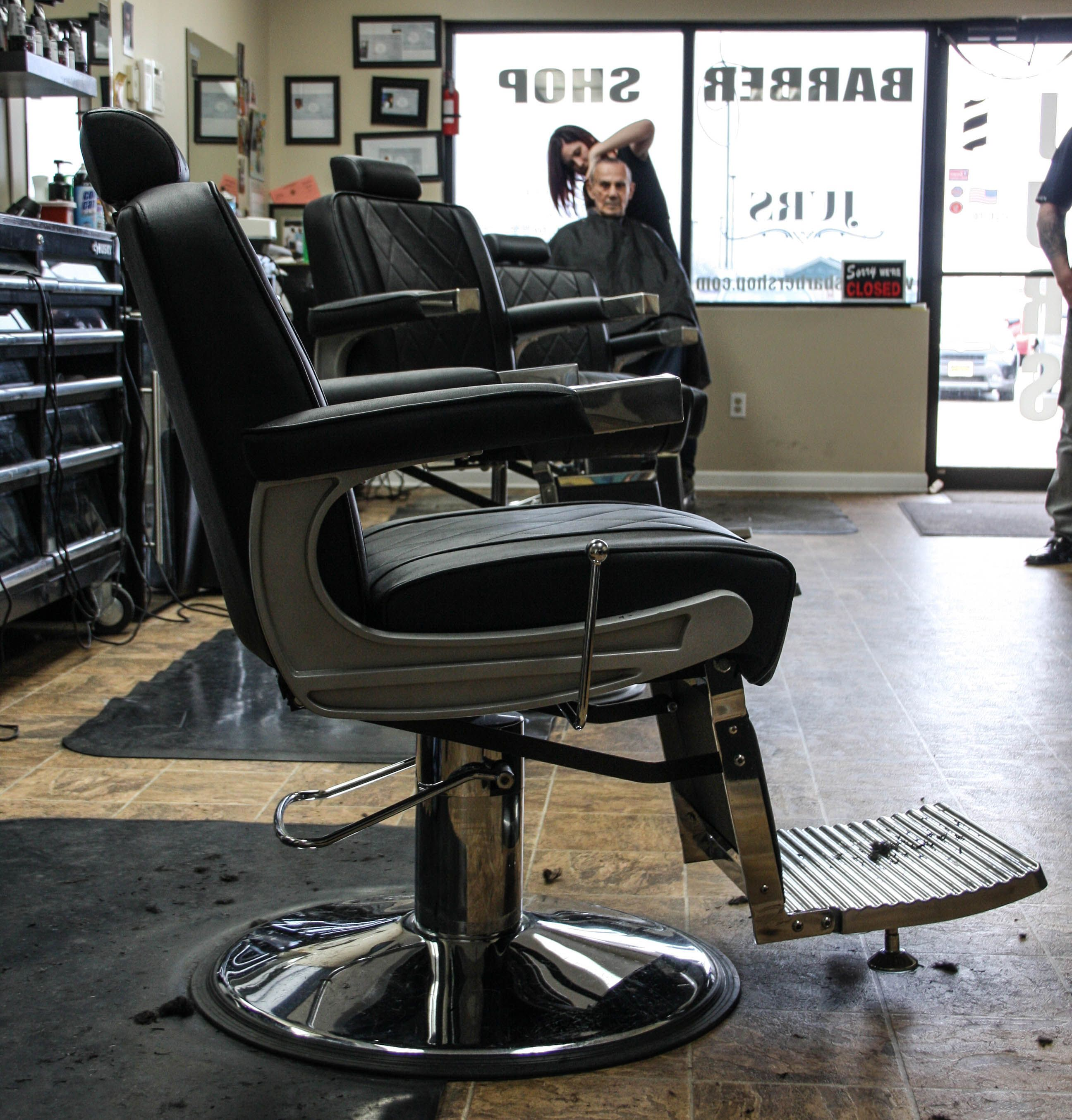 Our Adams Barber Chair looks so Dope at Jurs Barbershop Gates