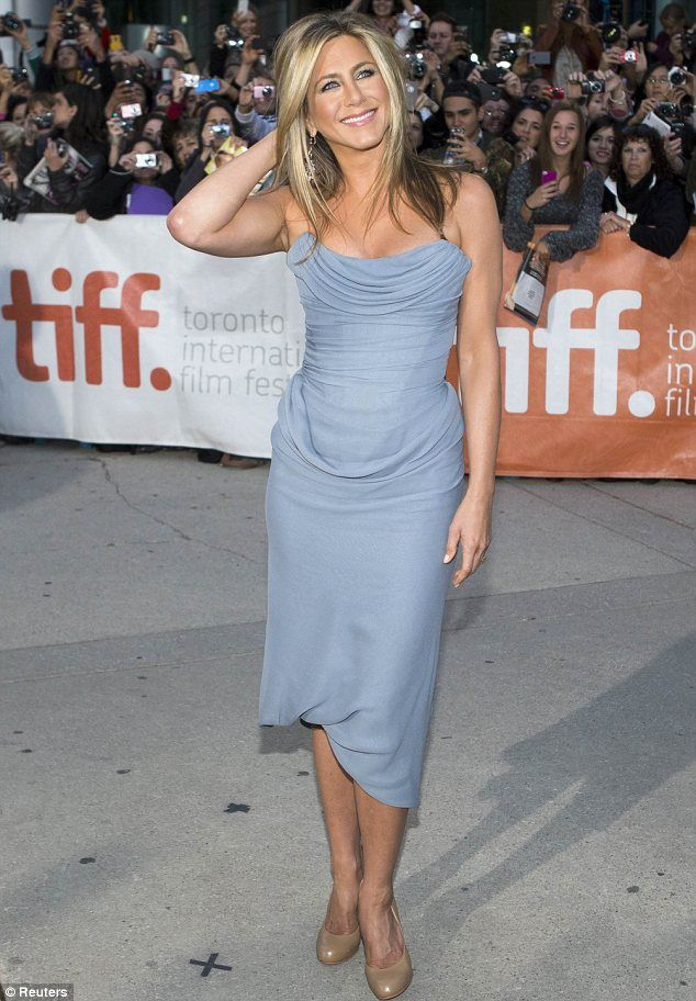 Beautiful Jen Aniston at the Toronto International Film Festival premiere of Life of Crime.