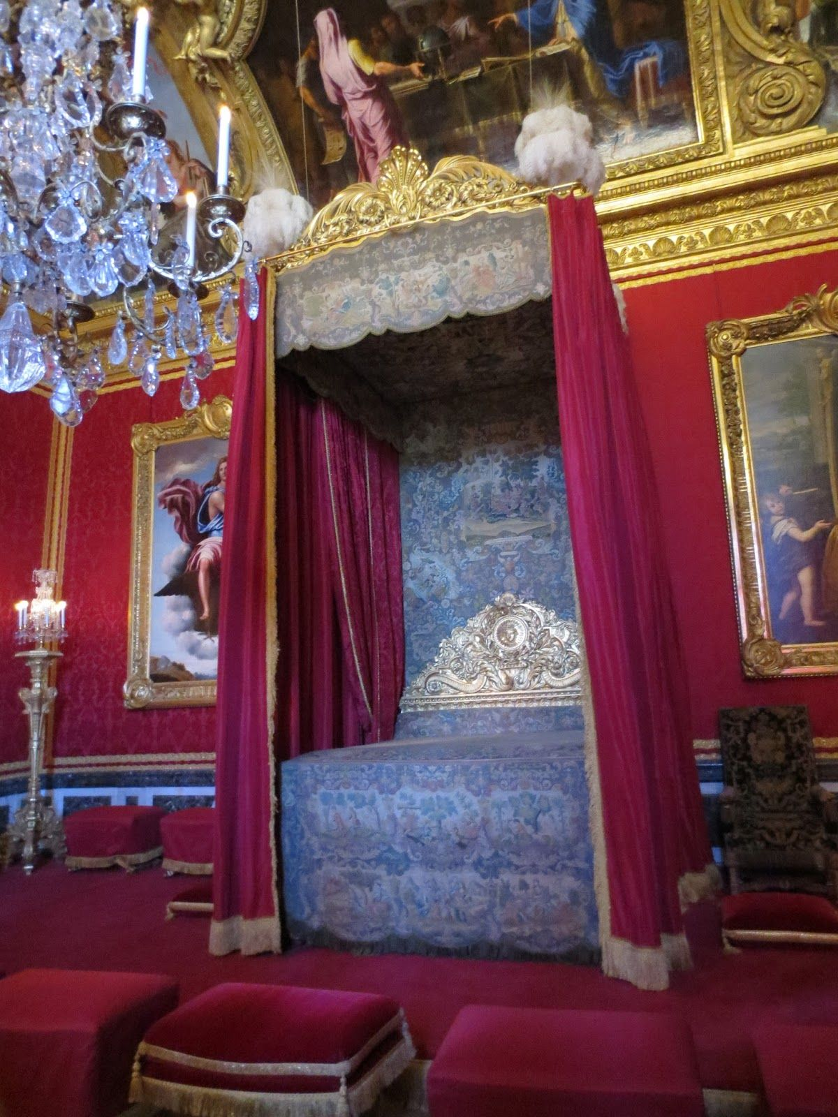 King Louis XVI's bedroom inside Le Chateau de Versailles, french for The Palace of Versailles