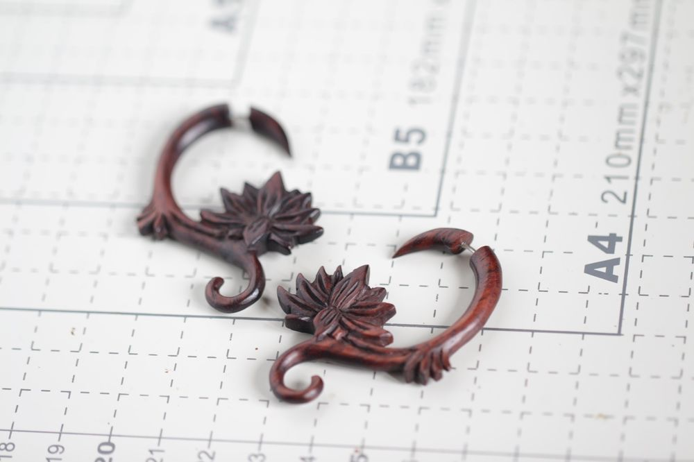 Fake Gauge Earrings Tribal Style Sono Wood Carving Spiral Lotus Faux Ear Gauges Handmade