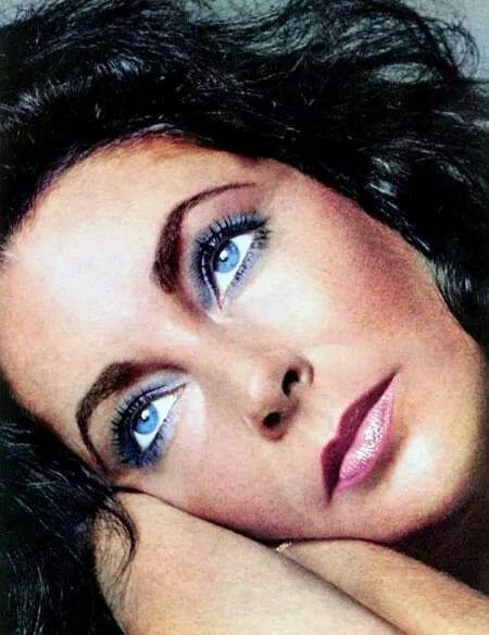 Elizabeth Taylor What Beautiful Violet Eyes Elizabeth Taylor Richard Avedon Richard Avedon Photography