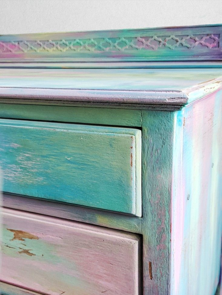 This fun, colourful beach inspired chest of drawers are now available! #decorisvintagedesigns #furnitureartist #paintedfurniture #chalkpaintedfurniture #bohofurniture #pastel #bright