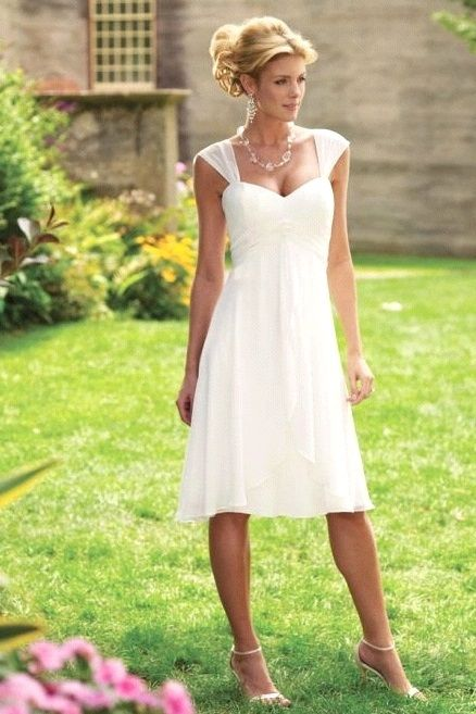 White Small Bust Body Shapers Fit And Flare Weddings Dresses Summertime Straps D Corset 2489
