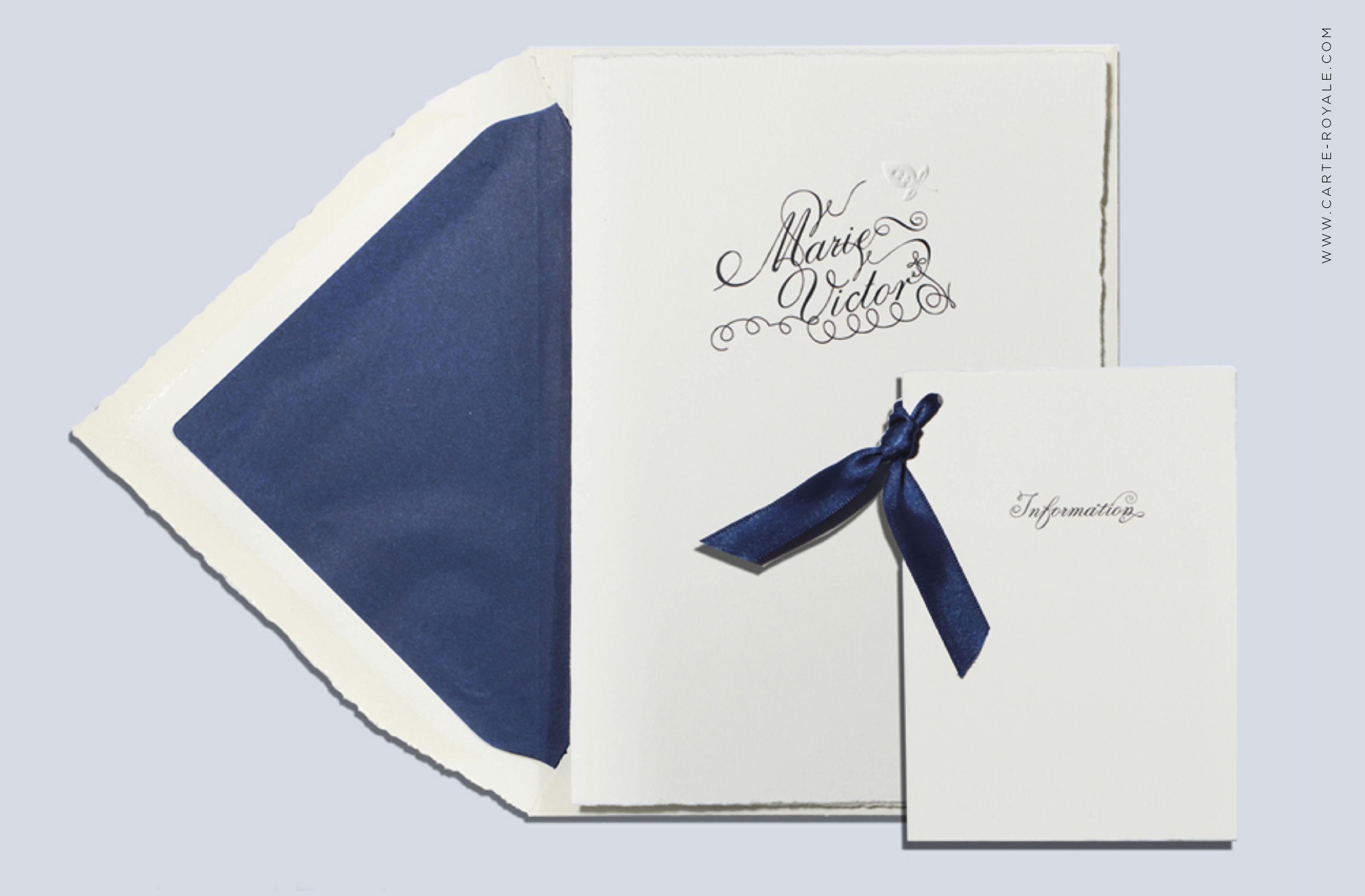 Hochzeitseinladung und Informationsbeileger mit Blindprägung