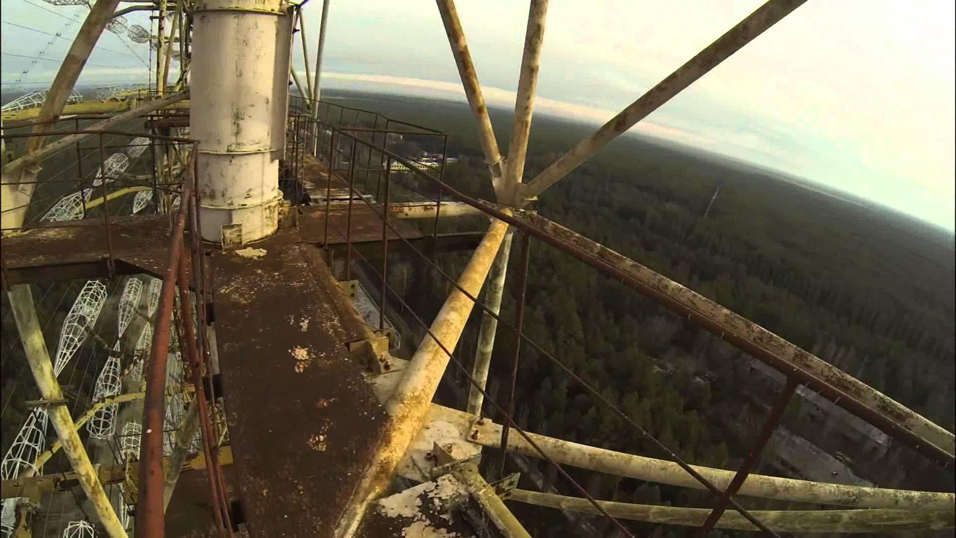 Climbing up the Russian Woodpecker DUGA 3 Chernobyl-2 OTH radar Залаз на...