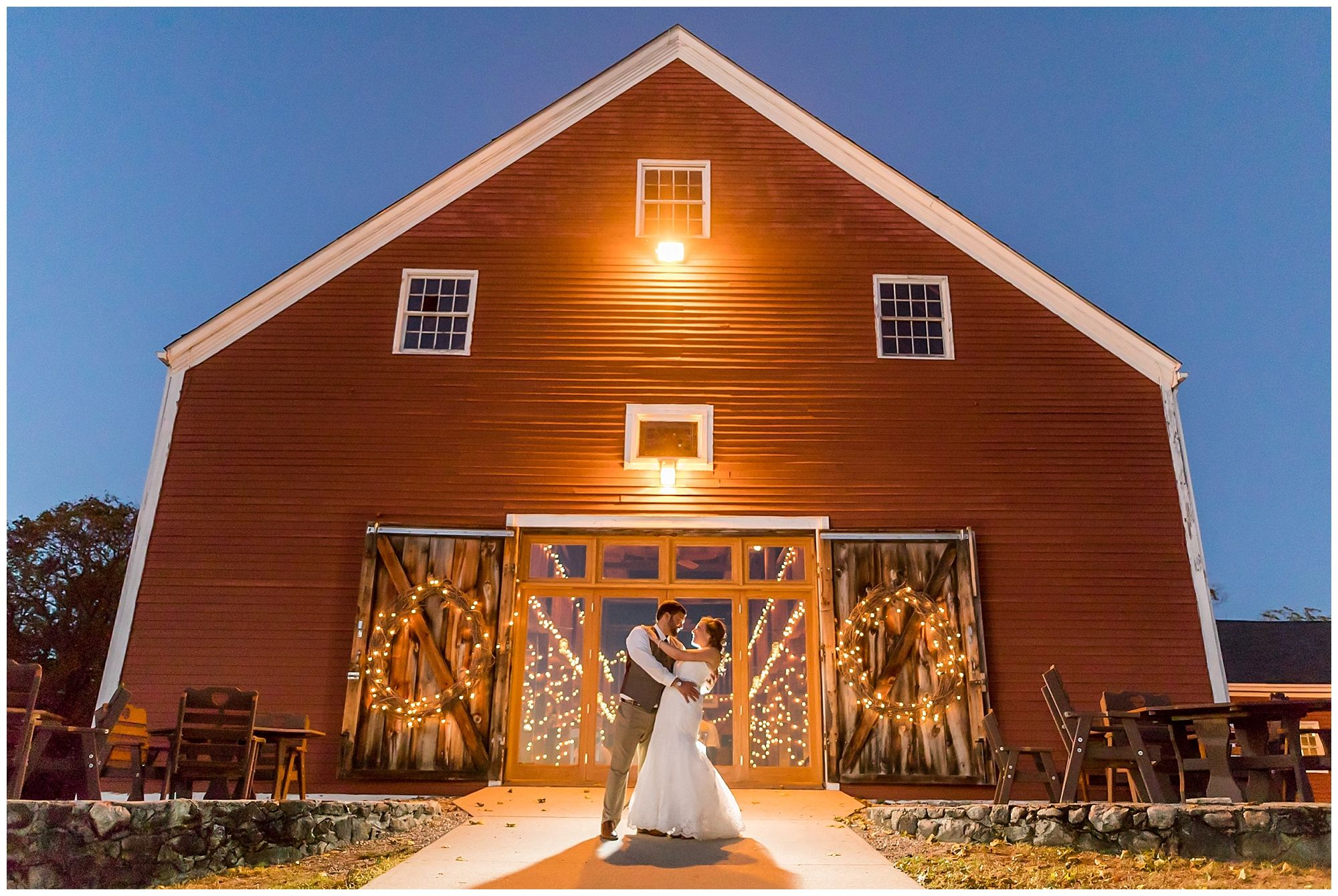 Wedding Photography at The Smith Barn at Brooksby Farm in ...