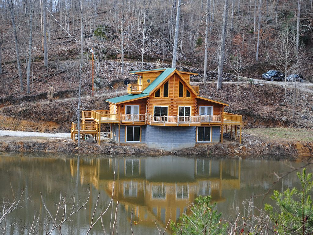 Cabin vacation rental in slade from vacation