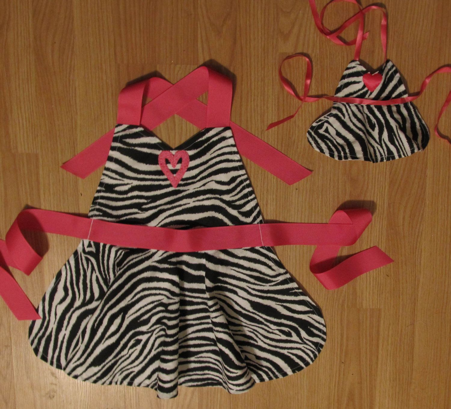 """Black and White Aprons Fits 18"""" Doll or Build A Bear and Little Girl size 6. $20.00, via Etsy."""