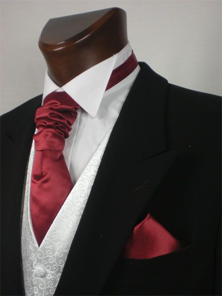 571cc8d41dc0 Apparently this method of tying an ascot tie is called a