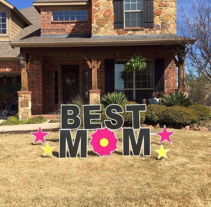 Celebrate Mother S Day In A Unique Way Signgypsies Signgypsieslouisville Mom Mothersday Kentuc Mothers Day Decor Graduation Yard Signs Balloons And More