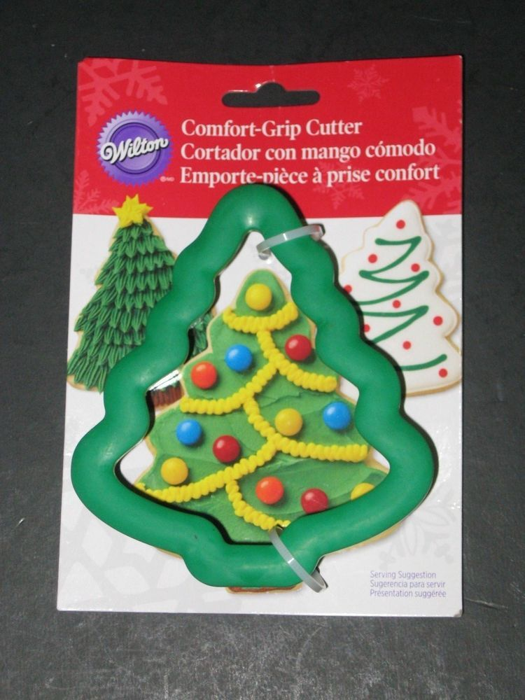Wilton Comfort Grip Cookie Cutter Christmas Tree BRAND NEW ON PACKAGE