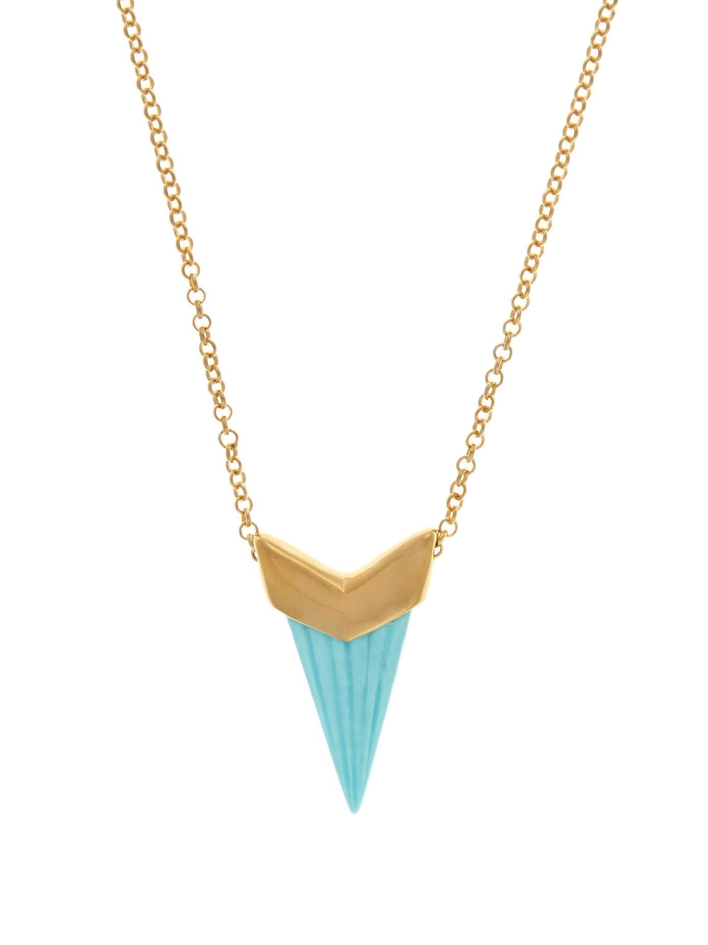 Inspired by her time in Jaipur, a bohemian spirit permeates Theodora Warre's collections. This 18kt yellow-gold plated sterling-silver necklace features an arrow-shaped pendant, and ends with a delicate turquoise-stone tip. It's an effortless way to bring free-spirited charm to contemporary evening dresses.
