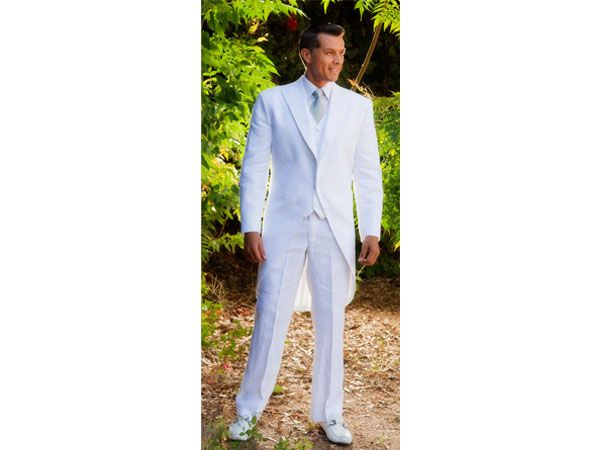 Traje de novio blanco d paul novio pinterest wedding for Trajes de novio blanco para boda