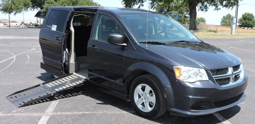 This handicap van would be ideal for my grandpa. I like