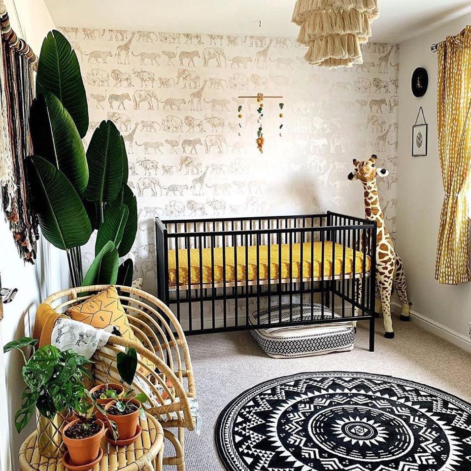 Nursery Trends This Week The Safari Theme Done Right Nursery Baby Room Jungle Theme Nursery Nursery Trends