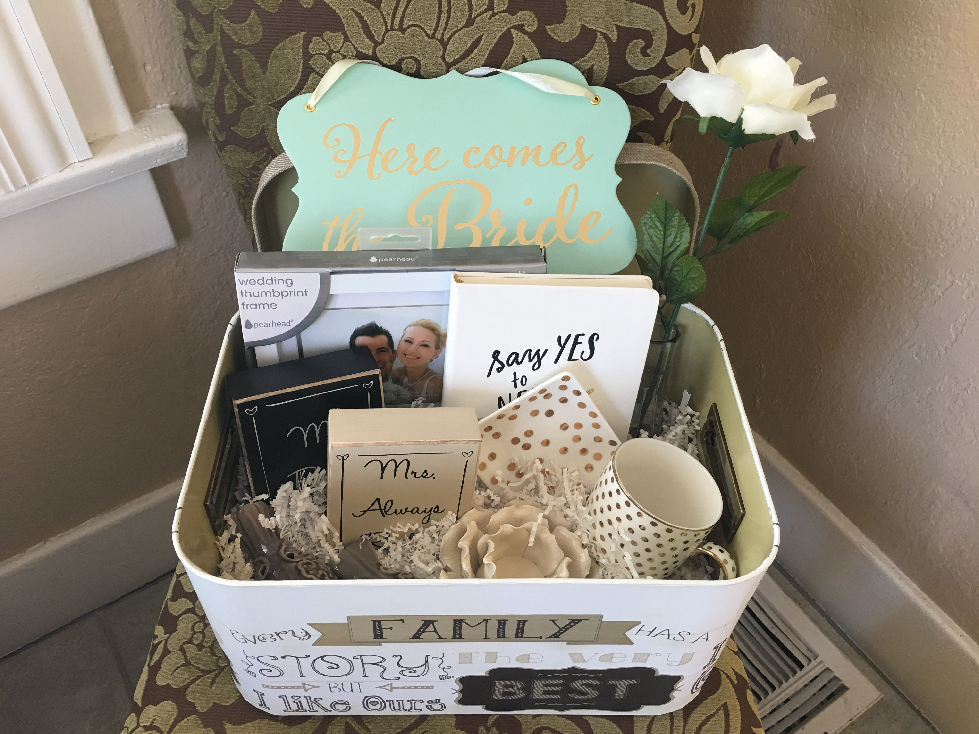 Diy engagement gift basket items from bed bath and beyond hobby diy engagement gift basket items from bed bath and beyond hobby lobby negle Image collections
