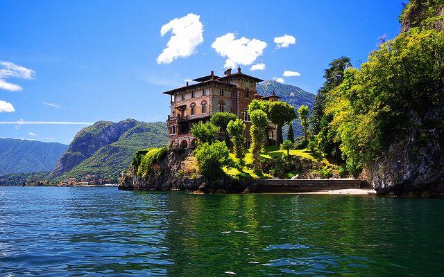 Villa La Gaeta by Cigaro, via Flickr