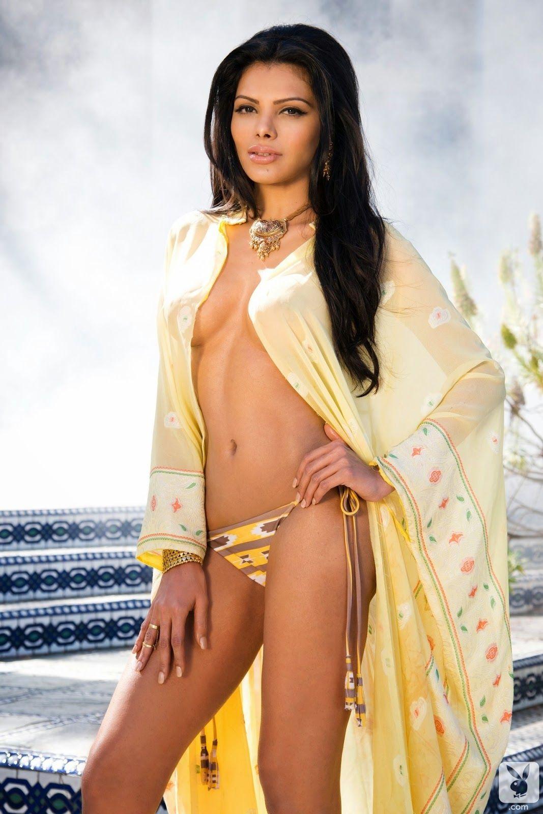 Already far Bollywood bad girls naked