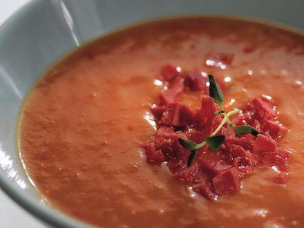 Kylmä tomaattikeitto - Reseptit - Yhteishyvä