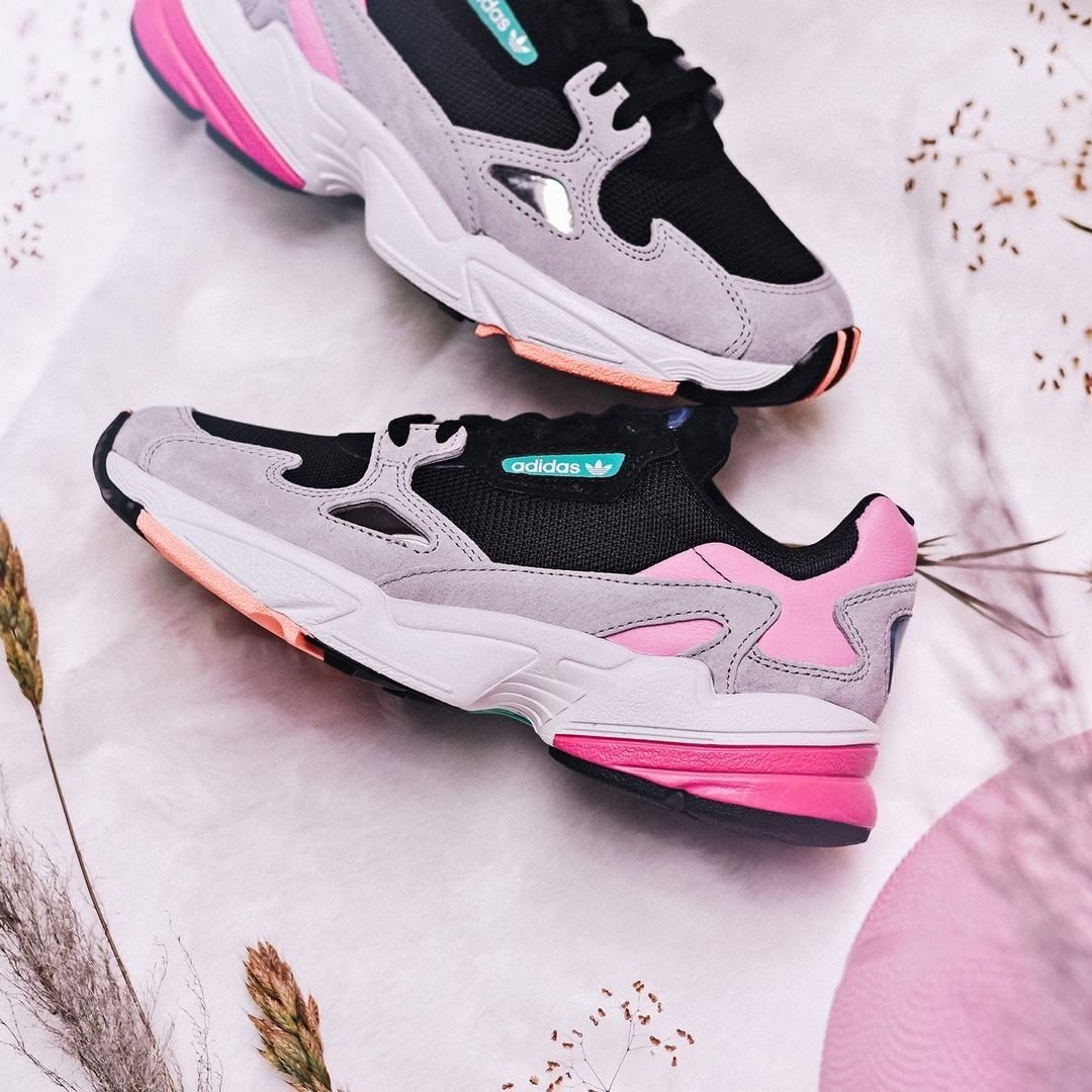 finest selection 9b5b8 5c086 ADIDAS FALCON CHUNKY BLACK LIGHT GRANITE GREY PINK BB9173