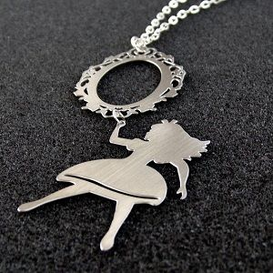 Through the Looking Glass Necklace.... Wow, I want this so much. So, so much.