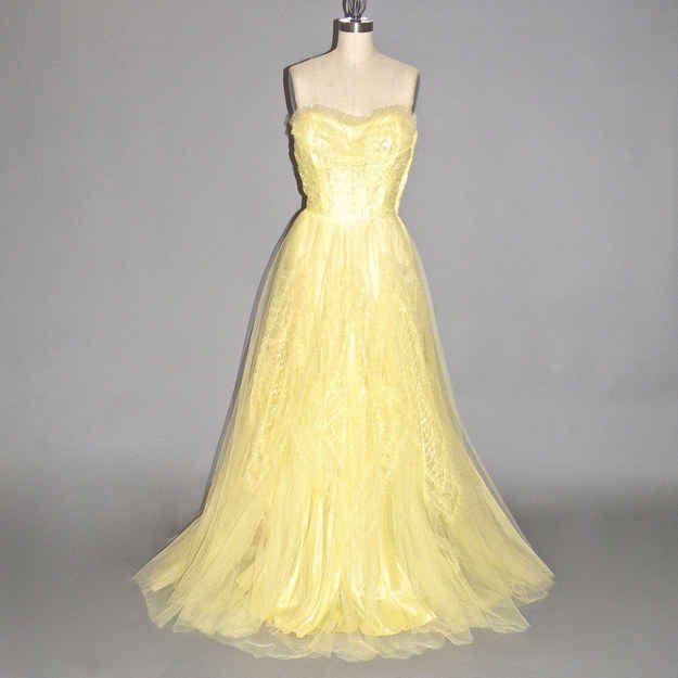 1950s Strapless Sweetheart Tulle Dress, $99.99