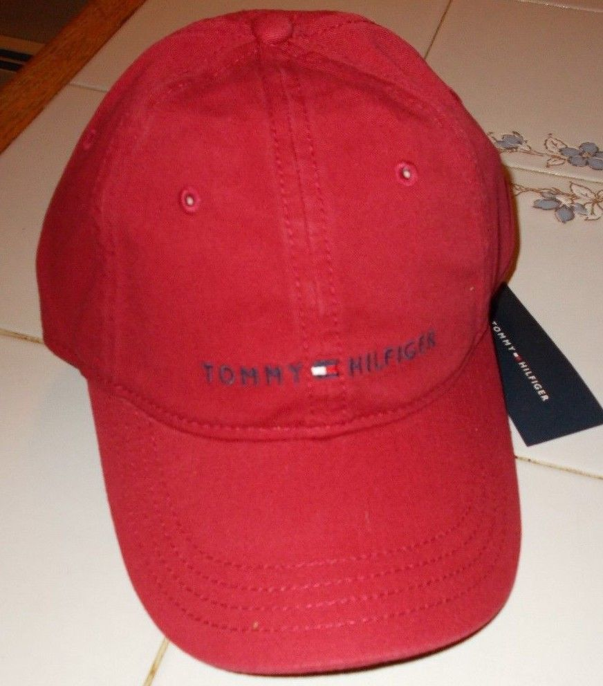 NEW TOMMY HILFIGER MENS RED CLASSIC LOGO BASEBALL HAT CAP NWT