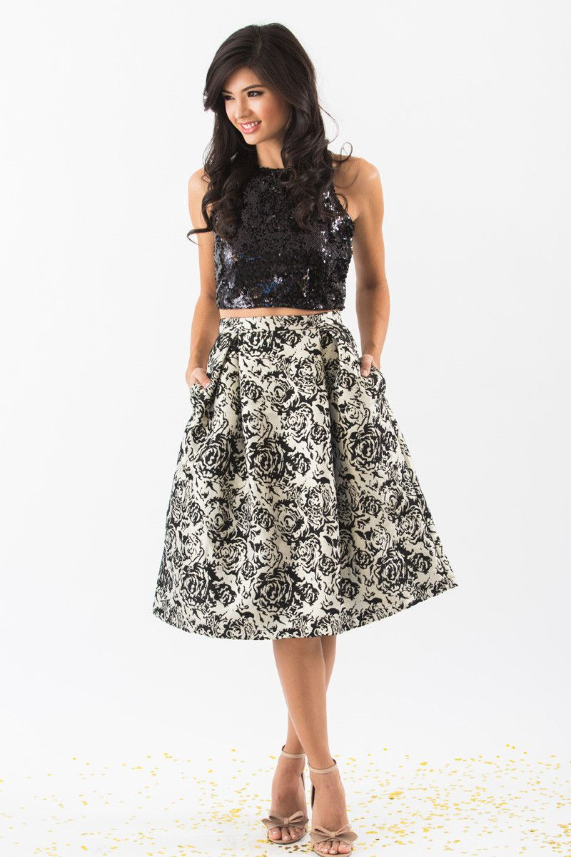 Emily Lace Midi Skirt   Gold outfit