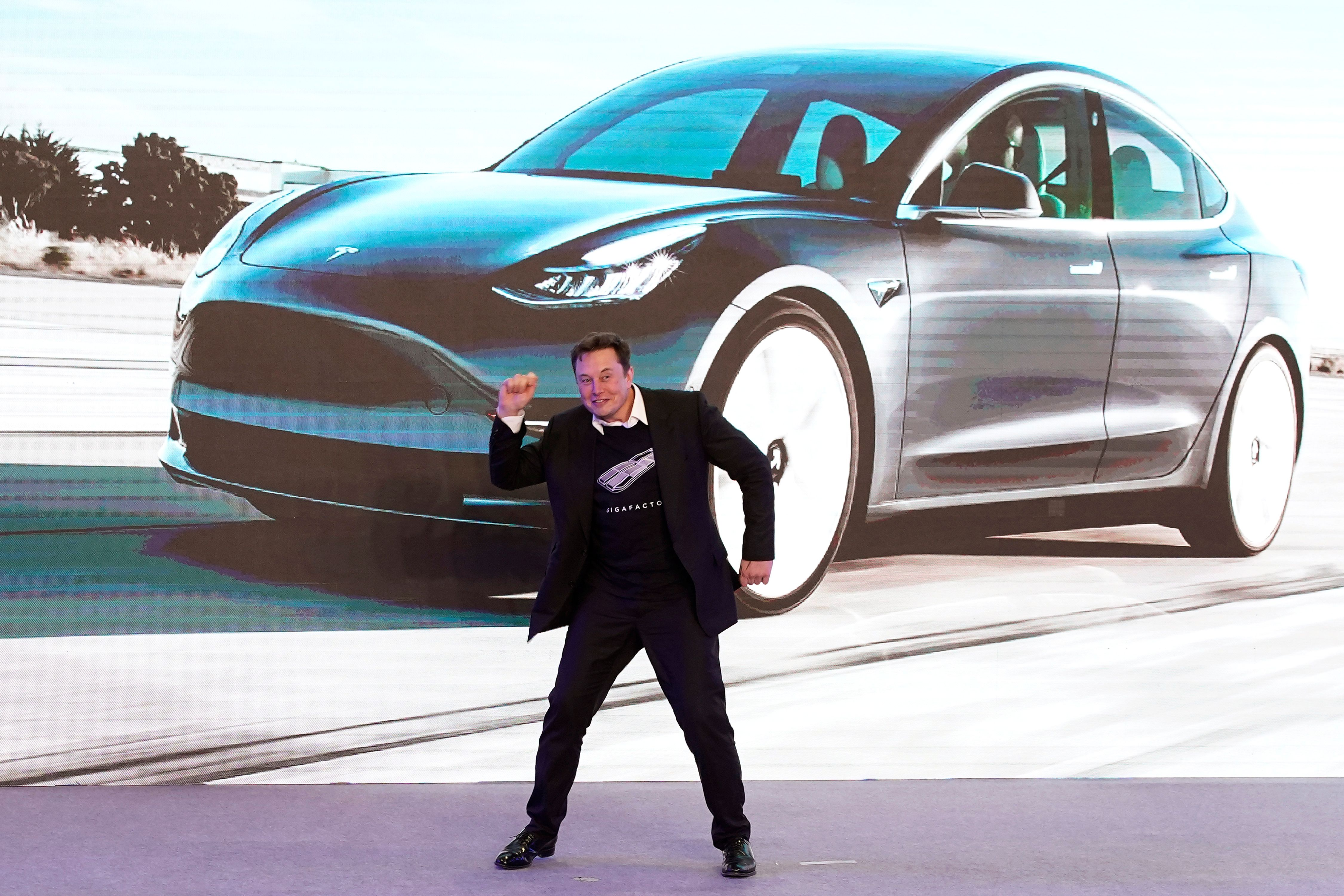 Elon Musk Unleashes Dance Moves At Tesla Model Y Launch In China Tesla Model Tesla Dance Moves