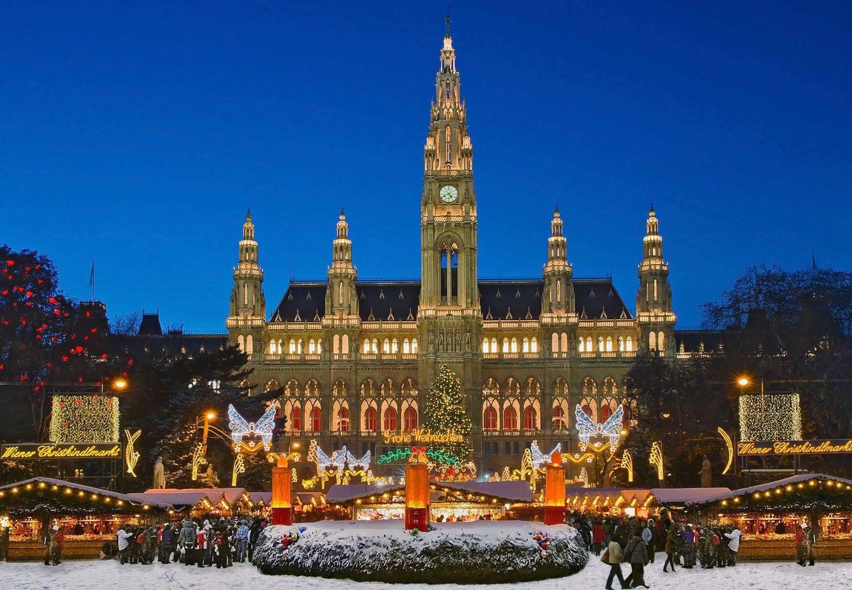 die sch nsten weihnachtsm rkte weltweit wien weihnachten rathaus und restplatzb rse