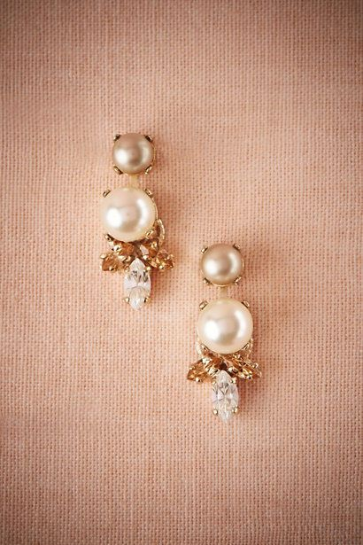 BHLDN pearl and swarvoski crystal earrings #BHLDN #DropDangle