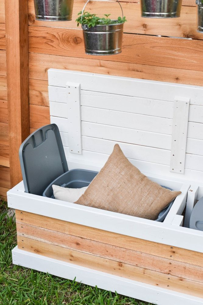 DIY Outdoor Storage Bench (with Hidden Storage Containers!)
